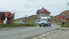 Un iubitor al frumuseţilor naturale ale judeţului Gorj, Eugen Floarea, stabilit în Cehia de mai mulţi ani, a realizat un site  de promovare a Transalpinei. Pe lângă cea mai înaltă şosea din România, pe site sunt promovate mai multe obiective turistice  de pe raza judeţului Gorj, recunoscute şi vizitate şi de turişti din afara ţării.