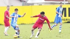 Jucătorii lui Mogoşanu (în alb-albastru) nu vor avea parte de un meci uşor cu Dunărea Bistreţ