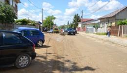 Pe strada Bariera Vâlcii se circulă, de anul trecut, în condiții de șantier (FOTO: Anca Ungurenuș)