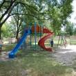 Locul de joacă este folosit deja de copii