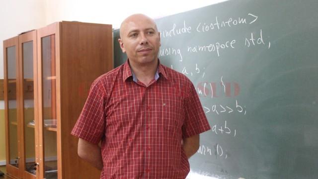 Marius Nicoli face performanță în informatică din pasiune (FOTO: GdS)