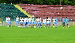 Jucătorii Craiovei au intrat pe ultima sută de metri privind pregătirea noului sezon competiţional (Foto: Alexandru Vîrtosu)