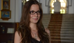 """Adelina Avram, absolventă a CN """"Fraţii Buzeşti"""" din Craiova, este una din cele două eleve din Dolj care au obținut nota 10 la bacalaureat"""