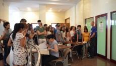 În patru zile, peste 1.000 de candidaţi şi-au depus dosarul la UMF Craiova (Foto: Lucian Anghel)