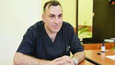 Chirurgul Radu Ene vorbește depre diferențele dintre sistemul de sănătate românesc și cel francez, după ce a lucrat în ambele (Foto: Lucian Anghel)