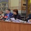 De la dreapta la stânga: viceprimarul Genoiu, primarul Vasilescu și viceprimarul Dașoveanu au avut parte de câteva schimbări în declarațiile de avere