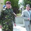 Ministrul apărării, Mircea Duşa (dreapta)
