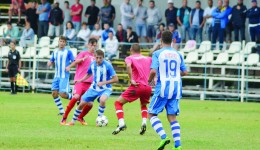 Jucătorii celor două echipe au oferit spectatorilor un meci frumos (Foto: Alexandru Vîrtosu)