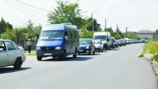 Șoferii au parcurs distanța Podari - Craiova în două ore (FOTO: Claudiu Tudor)