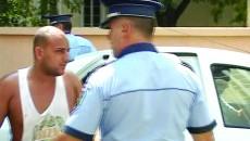 Unul dintre cei suspectaţi că l-au agresat pe procuror şi pe poliţist