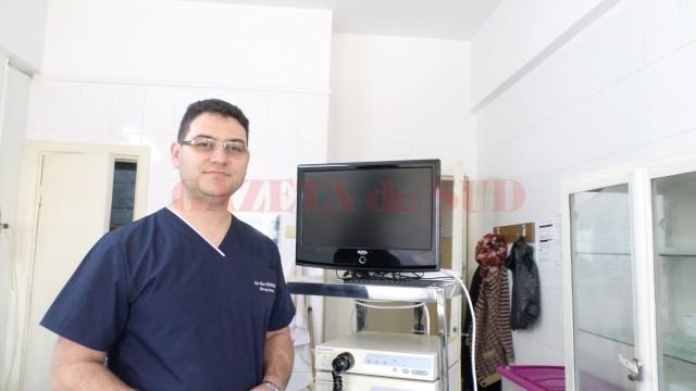 Dr. Alin Demetrian, șeful Clinicii de Chirurgie Toracică a SJU Craiova, spune că este nevoie  de o sală de operație în clinica pe care o conduce (Foto: GdS)