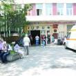 Copilul a fost adus cu o ambulanță la Spitalul de Urgență Craiova, unde medicii au stabilit că suferise mai multe leziuni (Foto: arhiva GdS)
