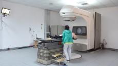 Acesta este singurul accelerator liniar din Clinica de Radioterapie (Foto: GdS)