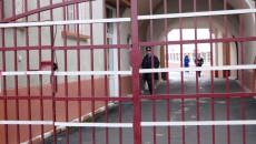 Instanța a reținut că un deținut din Penitenciarul Giurgiu, care se prezenta ca fiind ministrul Niță ori secretarul de stat  Gherghina, a înșelat mai multe persoane prin telefon