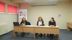 Reprezentanții Invest Trust și cei ai Asociațiilor Global Help și Pontes au spus concluziile proiectului la care au lucrat (Foto: Ramona Olaru)