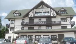Hotelul Mina a fost administrat ani buni de oamenii lui Marin Condescu (Foto: Eugen Măruţă)