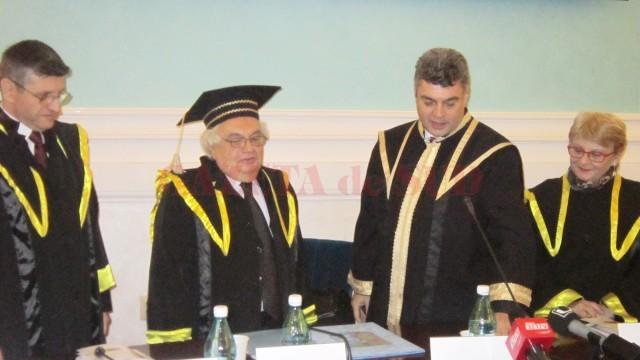 Fizician și filosof, Basarab Nicolescu a primit titlul de Doctor Honoris Causa al Universității din Craiova (Foto: Carmen Rusan)