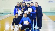 Spadasinii antrenaţi de Radu Podeanu (dreapta) au obţinut două medalii la Cupa României