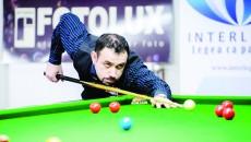 Mihai Adrian Fundeanu practică snookerul de câţiva ani