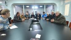 Aproape toți membrii Consiliului Local Malu Mare au venit ieri la sediul Gazetei de Sud pentru a se plânge  de abuzurile primarului Dicu (Foto: GdS)
