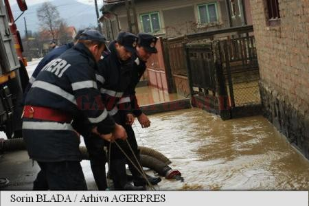 Inundații în județul Olt (Foto: arhiva Agerpres)