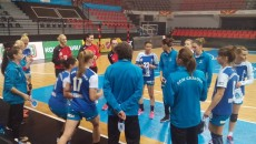 Jucătoarele craiovene au disputat trei amicale în Macedonia (foto: Facebook SCM Craiova)
