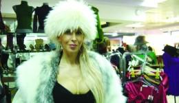"""Avocata Alina Răducan a fost considerată de anchetatori """"creierul"""" grupului infracțional"""