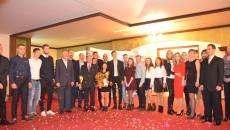 După un an de muncă, încununat cu rezultate notabile, sportivii şi antrenorii au fost premiaţi (foto: Claudiu Tudor)