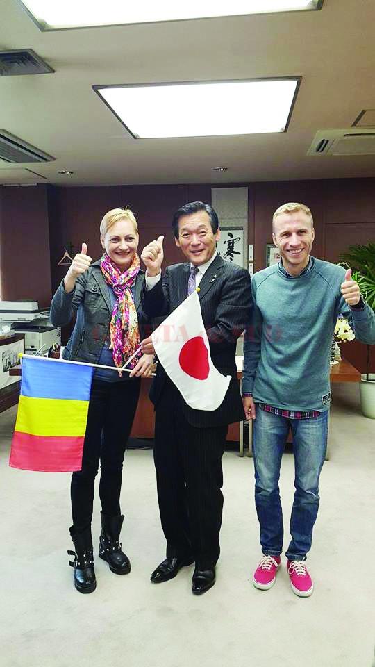 Claudia Ștef și Marius Ionescu, primiţi frumos de primarul orașului Matsudo