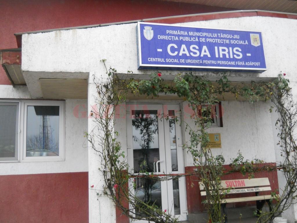 """Casa """"Iris"""" din Târgu Jiu oferă adăpost celor fără locuinţă"""