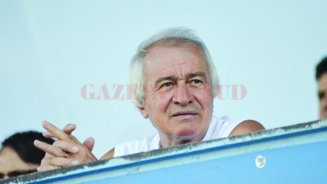 Nicolae Negrilă este optimist în privinţa viitoarelor confruntări ale alb-albaştrilor (Nicolae Negrilă este optimist în privinţa viitoarelor confruntări ale alb-albaştrilor)