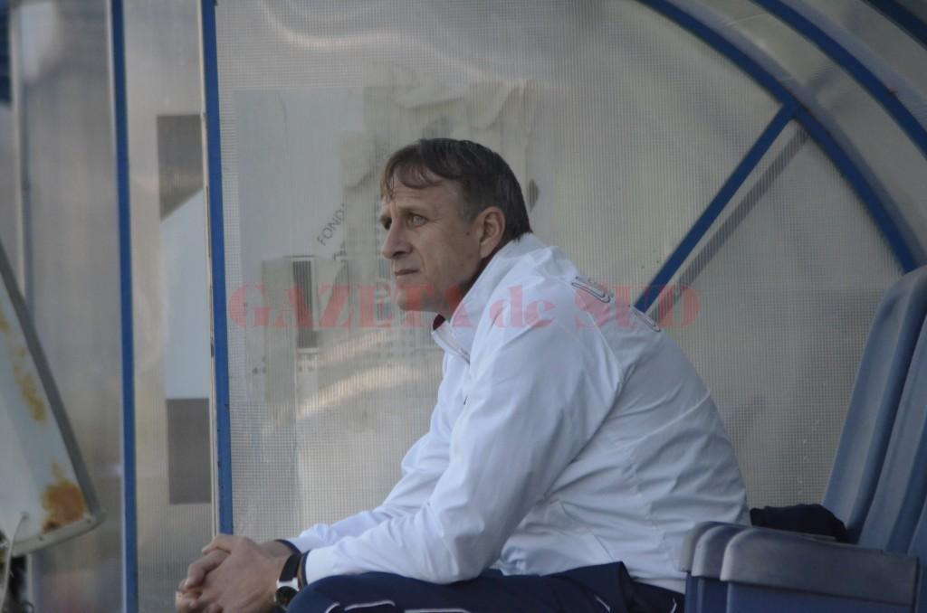 Plecarea lui Emil Săndoi de la CS Universitatea Craiova este doar o chestiune de timp (foto: Alexandru Vîrtosu)