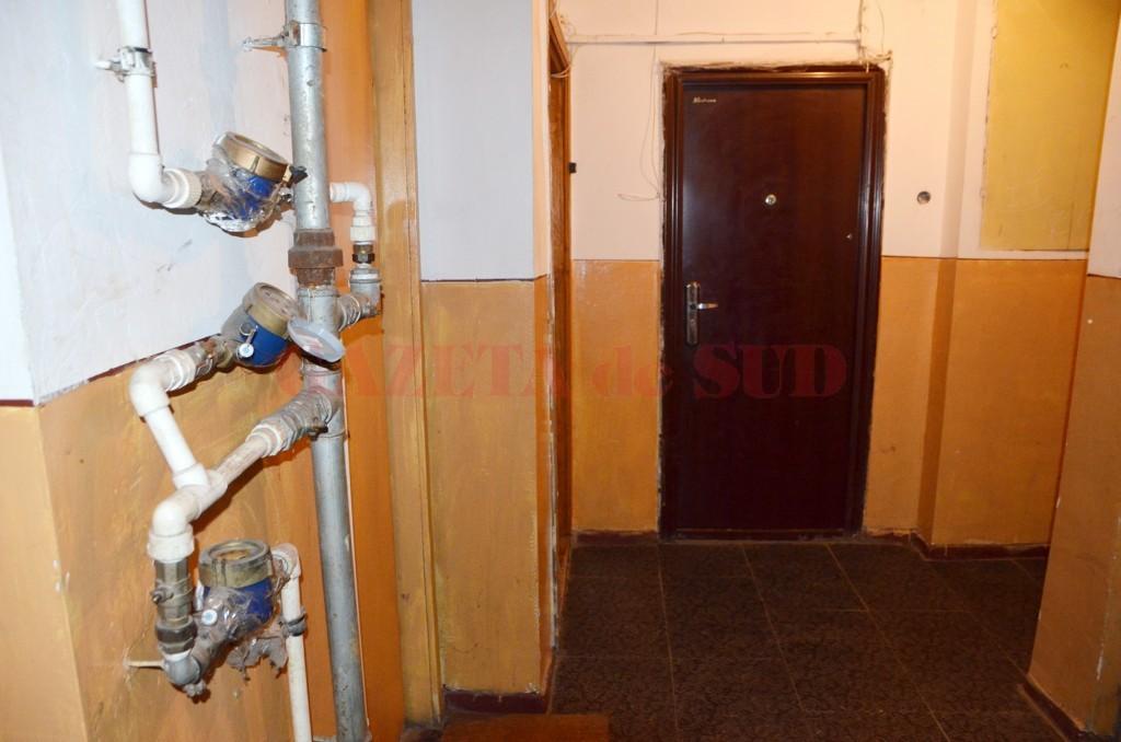 Conducte pe casa  scării doar cu acordul  tuturor proprietarilor (Foto: GdS)