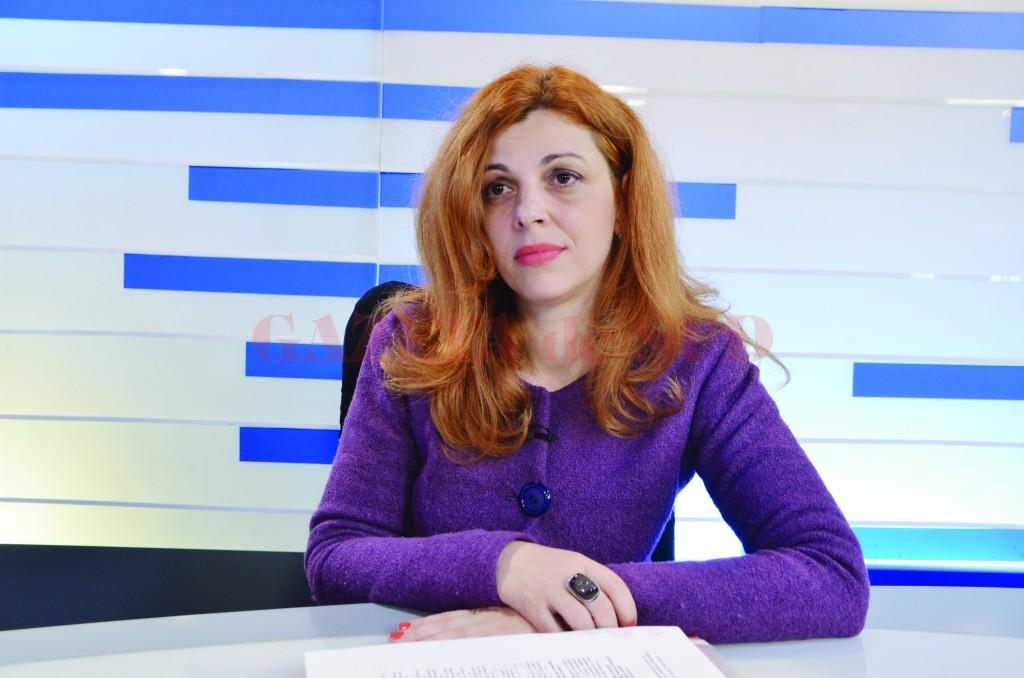 Elena Bonescu, director la Direcţia Impozite şi Taxe Craiova (Foto: Bogdan Grosu)