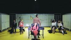 """Natașa Raab în rolul """"Psiholoagei"""" din spectacolul """"Exploziv"""" (premiera: 16 ianaurie) (Foto: Andrei Măjeri)"""