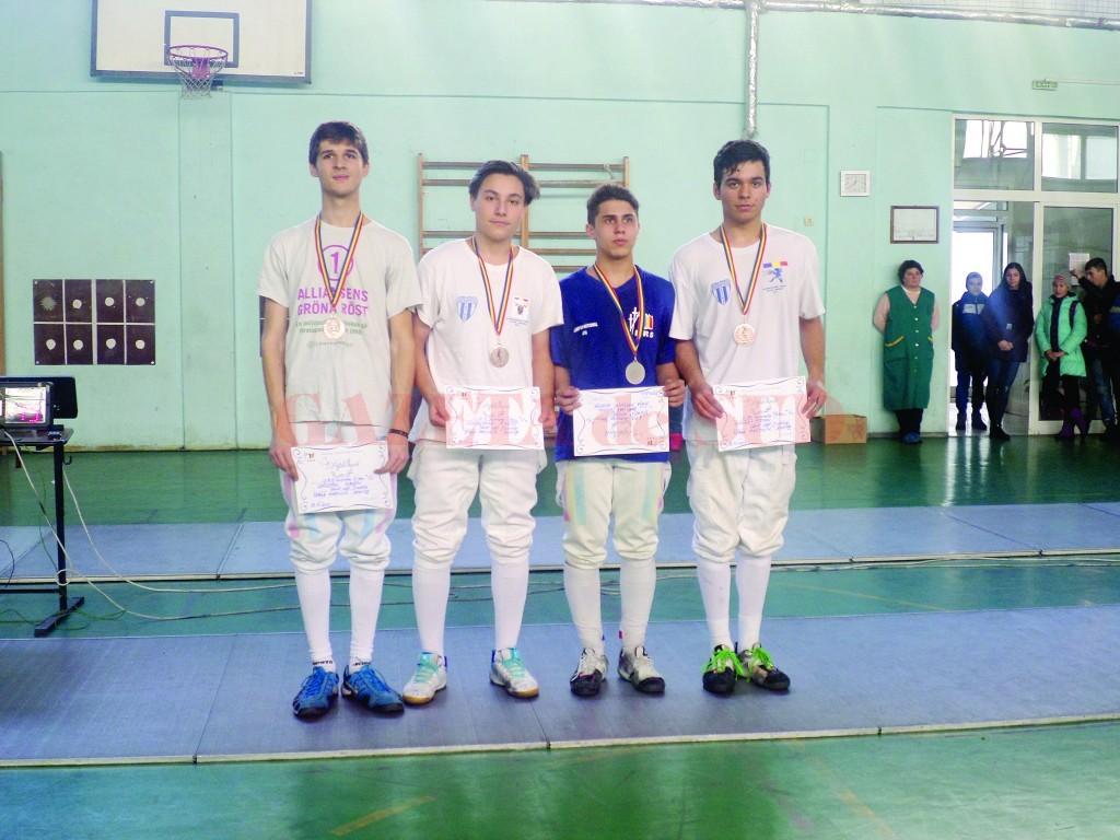 Spadasinii de la LPS 2 Craiova au câştigat medalia de bronz