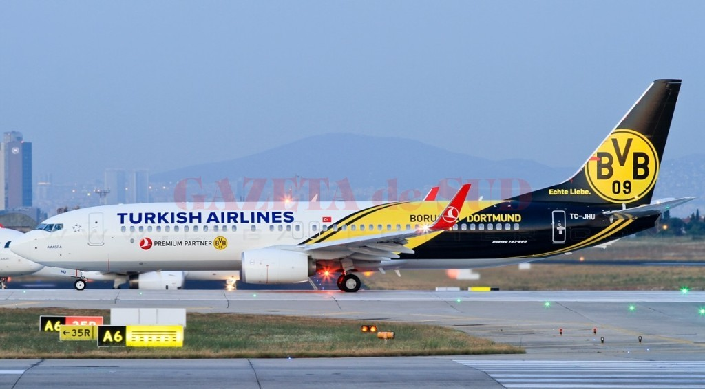 Turkish_Airlines_TC-JHU_Borussia_Dortmund