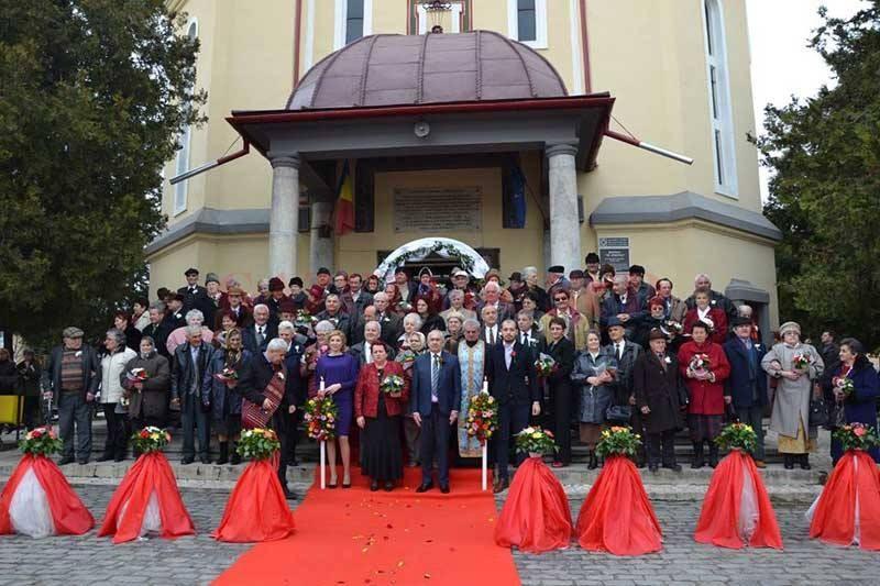 Aproximativ 60 de târgujieni vor sărbători Nunta de Aur