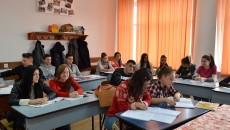 Elevii de clasa a V-a și a IX-a, promoția 2015-2016, vor susține examenele naționale după noi reguli (Foto: Arhivă GdS)