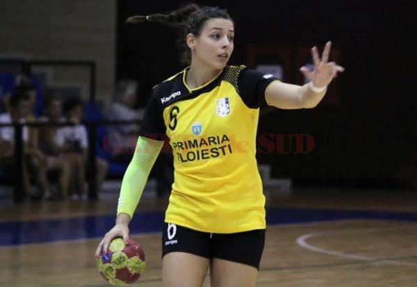 Maria Gavrilă a jucat în acest sezon la CSM Ploiești (foto: Handbalvolei)