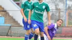 Claudiu Ștefan (nr. 16) a marcat pentru CSM Vâlcea în amicalul cu Sporting Turnu Măgurele (foto: csmrmvl.ro)