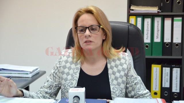 Inspectorul școlar general adjunct Janina Vașcu a precizat că, până în prezent,  au fost publicate 1.000 de norme și fracțiuni de normă (FOTO: Claudiu Tudor)