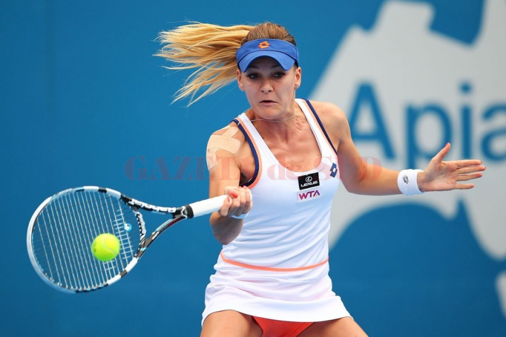 agnieszka-radwanska-at-2014-sydney-international_1