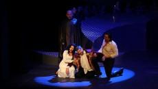 """""""Simon Boccanegra"""", un spectacol cu o scenografie puțin atipică pentru o operă (Foto: Opera Română Craiova)"""