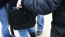 furt-din-geanta-buzunare
