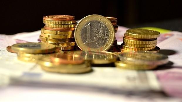 www.economica.net