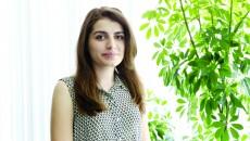 """Alexandra Băduț, elevă a Colegiului Național """"Frații Buzești"""" din Craiova, a fost admisă la Universitatea Cambridge din Marea Britanie (Foto: Lucian Anghel)"""
