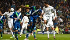 Cristiano Ronaldo (în alb, dreapta) a marcat cum a vrut cu Wolfsburg (foto: uefa.com)