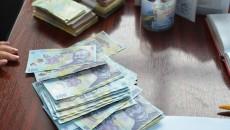 Craiovenii pot să ceară de la primărie acordarea facilităților de reducere a impozitelor oferite de Codul Fiscal, în funcție de vechimea blocului sau a casei pe care o au în proprietate