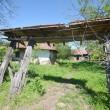 În Dumbrava sunt multe case părăsite (Foto: Traian Mitrache)